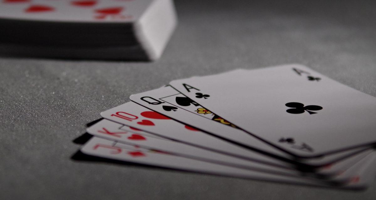 Sunde vaner og pokerspil er gode venner